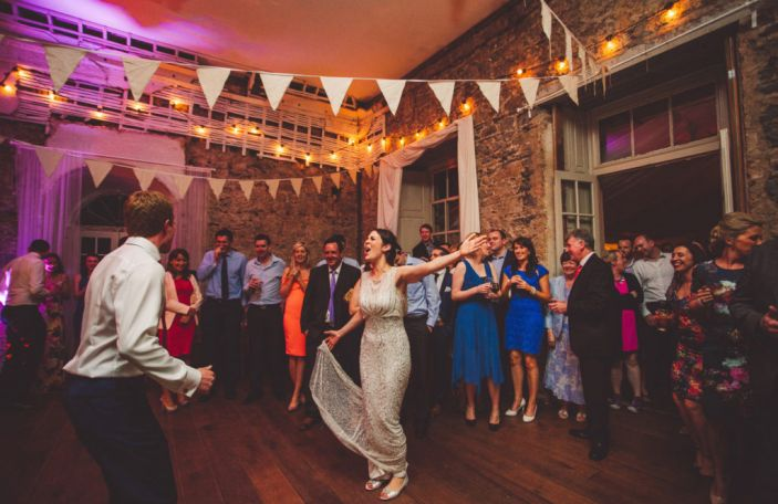 4 kinds of songs to keep off your wedding playlist