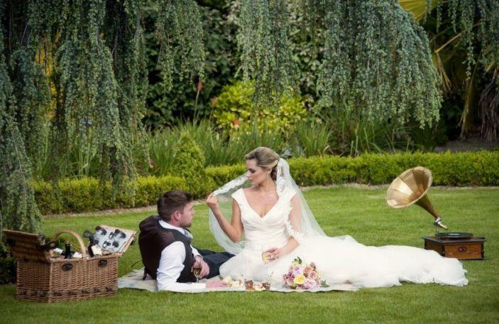 You're Invited: Clanard Court Hotel Autumn Wedding Showcase