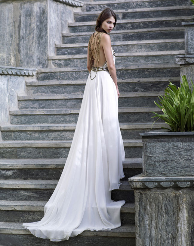 10 of the best back-baring wedding dresses | Confetti.ie
