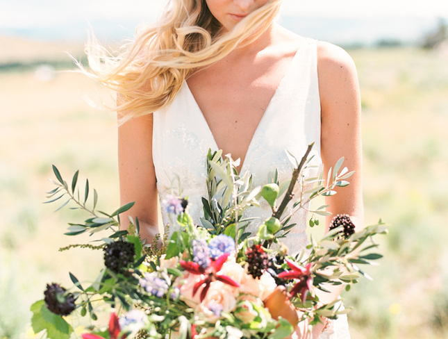 Brush+Creek+Ranch+boho+wedding+look,+Claire+Pettibone+dress,+Lisa+O'Dwyer+Photography-21