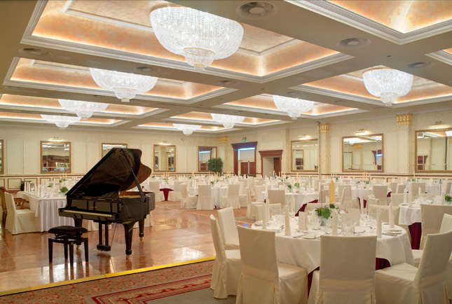 use-Ballroom