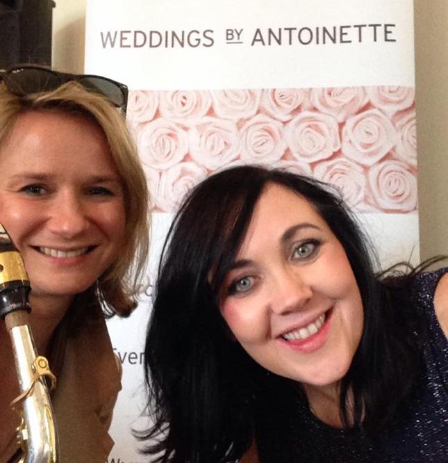wedding-singer-ireland-antoinette