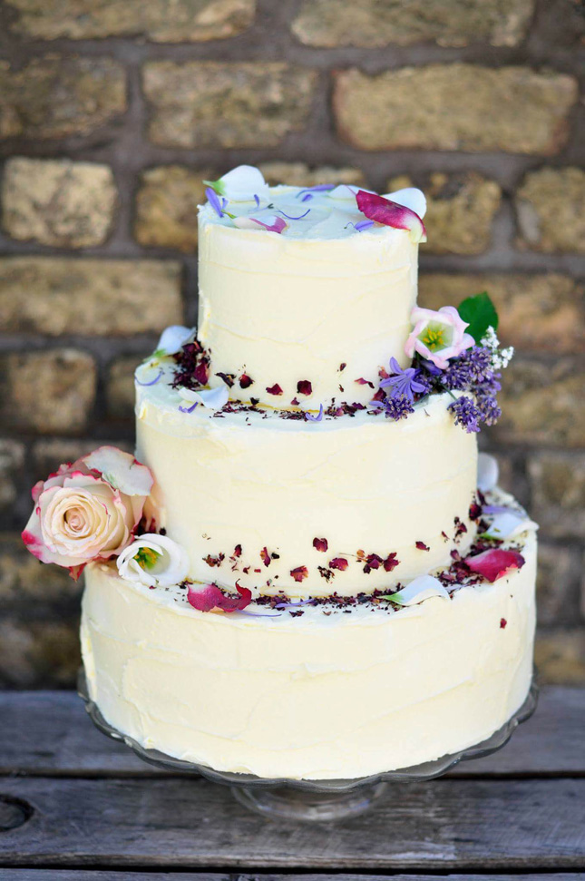 Wedding-cakes-ireland-the-flour-artist