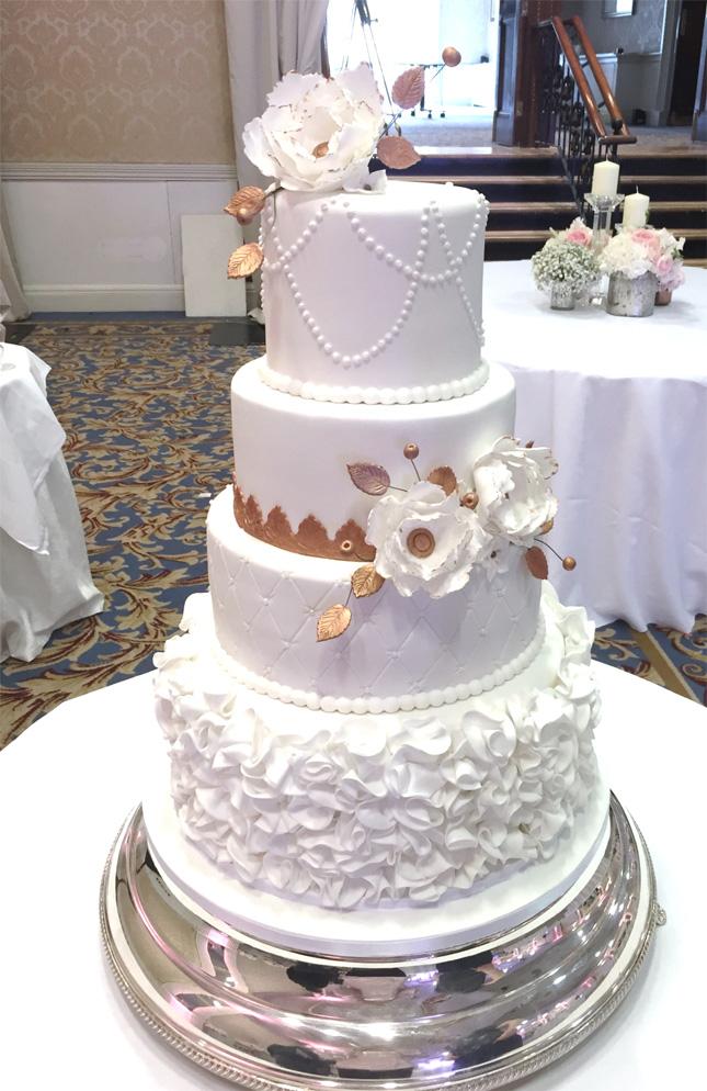 ellen-kavanagh-waxperts-wedding-cake-kelly-lou-cakes