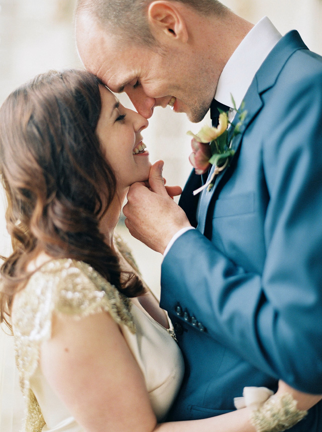 Aussie-based Irish couple Emma and Peter held a homely wedding celebration at Borris House in Co. Carlow.