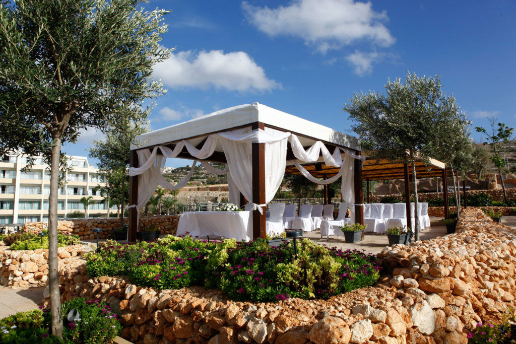 sb_gazebo_terrace_hi_1