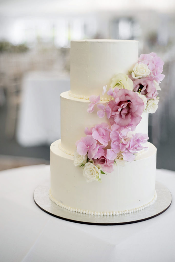 Ask the expert: What wedding cake trends are you predicting for