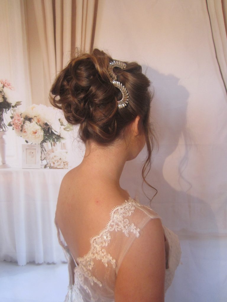 What To Expect From Your Wedding Hair And Make Up Trials According