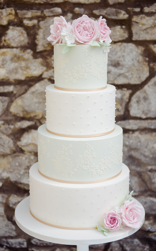 How Long In Advance Of The Wedding Should I Book My Cake Maker