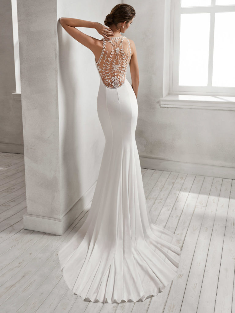ca8c598ad19 Wedding Dresses Outlet - The Best Wedding Picture In The World