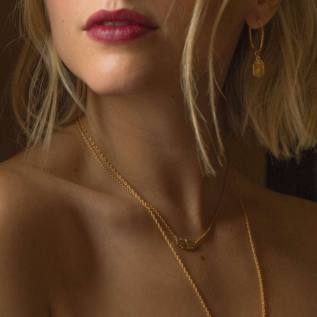 wedding accessories gold