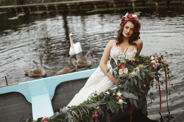 friends as wedding vendors