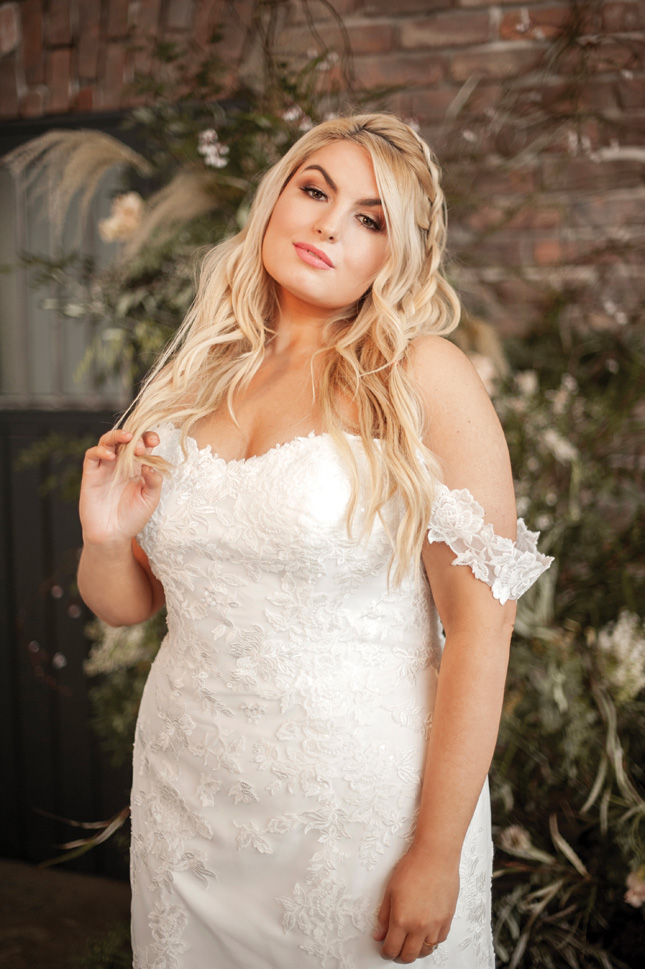 curvy wedding dresses ireland