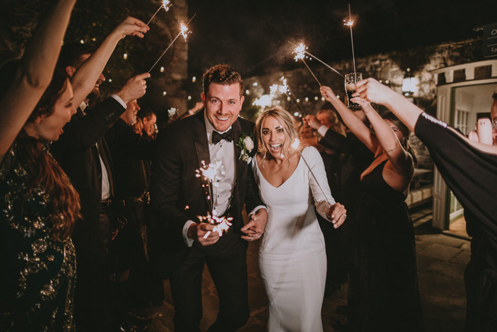 elegant wedding Cliff at Lyons