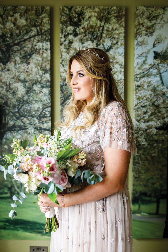 wedding flowers price guide cost bridal bouquet